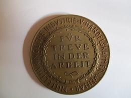 Medal: Mittelthuringische Industrie V. Handelskammer Weimar Für Treue In Der Arbeit C. 1930 - Professionnels/De Société