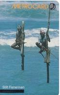 TARJETA CON CHIP DE SRY LANKA DE Rs.150 DE METROCARD DE UNOS PESCADORES (STILT FISHERMEN) - Sri Lanka (Ceylon)