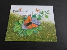 K31697 - Bloc And Set Used Cambodge 1999-   Butterflies - Papillions - Butterflies