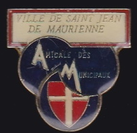 65117- Pin's-Saint Jean De Maurienne.amicale Du Personnel.Savoie. - Villes