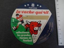 Etiquette De Vache Qui Rit Equipe De Football - Cheese