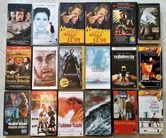 Lotto Composto Da 18 Famosi FILM VHS ORIGINALI + 2 Cassette VHS 180 Minuti Nuove - Collections & Sets