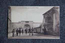 Militaria - LA GOULETTE - La Caserne BIT EL BAHAR - Túnez