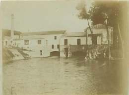 170520 - PHOTO ANCIENNE -  77 TRILBARDOU La Prise D'eau Et Les Moulins - Frankreich