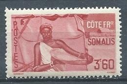Cote Des Somalis YT N°275 Femme Somali Neuf ** - Côte Française Des Somalis (1894-1967)