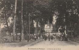 Saint-Amand-en-Puisaye - L'avenue De La Gare - Canons - Saint-Amand-en-Puisaye
