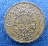 Mozambique 1 Escudo 1963 - Mozambique