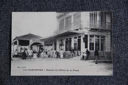 La Seyne Sur Mer , LES SABLETTES : Façade De L'Hôtel De La Plage - La Seyne-sur-Mer