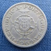 Mozambique 2$50 Escudos 1965 - Mozambique