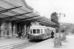 """Châtel-Guyon. Autorail """"Picasso"""" X 3858 à Destination De Riom. Cliché Jacques Bazin. 31-08-1968 - Trains"""