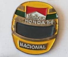 Pin's - MARLBORO - HONDA - Nacionale - Casque Ayrton Senna - Automobilismo - F1
