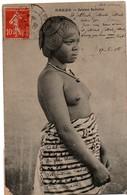 Dakar 1908 - Jeune Femme ... Seins Nus - !! Un Coin Abimé - Senegal