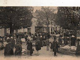Dol  De  Bretagne -   Le  Marché  Au  Cochons. - Dol De Bretagne