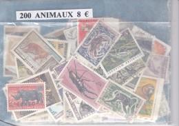 TIMBRE(ANIMAUX) VRAC DE 200 - Timbres