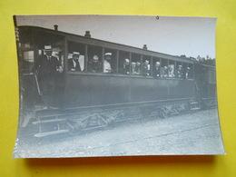 Photo T I V , Tramway En Gare ,  Voiture Construite Au Mans ,, Photo Guittet - Trains