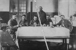 75 PARIS / CARTE PHOTO / 1917 / HÔPITAL MILITAIRE VILLEMIN / 8 RUE DES RÉCOLLETS / JEU DE CARTES / BLESSES - District 10