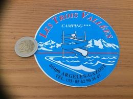 AUTOCOLLANT, Sticker «CAMPING LES TROIS VALLÉES - ARGELES-GAZOST (65)» - Adesivi