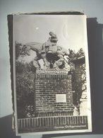 Nederland Holland Pays Bas Gennep Met Standbeeld Oorlogsmonument - Pays-Bas