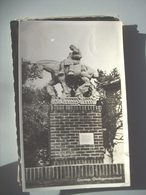 Nederland Holland Pays Bas Gennep Met Standbeeld Oorlogsmonument - Nederland