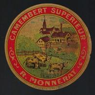 """Ancienne étiquette Fromage Camembert  Supérieur R Monnerat  Fabriqué à Cerre Les Noroy Haute Saone 70 """" Vaches"""" - Cheese"""