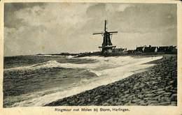 027 583 - CPA - Pays-Bas - Harlingen - Ringmuur Met Molen Bij Storm - Harlingen