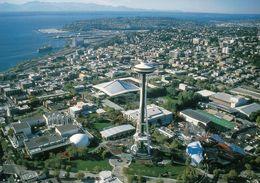 1 AK USA / Washington * Blick Auf Die Stadt Seattle Mit Dem Space Needle - Luftbildaufnahme * - Seattle