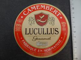 Etiquette De Camembert Lucullus Isigny Sur Mer Calvados - Cheese