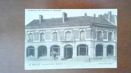 CARTE POSTALE ANCIENNE - AISNE 02 - CHAUNY - PLACE DE LA GARE FABRIQUE DE SIEGES ET MEUBLES M. HALLEZ - ANIMEE - Chauny