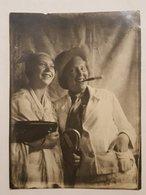 Photo Vintage. Original. Lesbiennes. Une Femme Habillée En Homme. Lettonie. - Erotiques (...-1960)