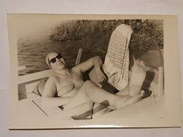 Photo Vintage. Original. Érotique. Fille à Moitié Nue En Maillot De Bain. Lettonie. - Erotiques (...-1960)