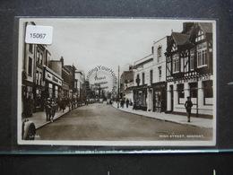 #15067. High Street, Gosport. RPPC Old Cars - Angleterre