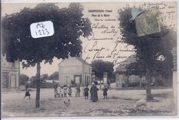 CHAMPCEVRAIS- PLACE DE LA MAIRIE - Francia