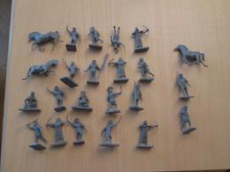 BACPLASTCAV / Lot De Figurines 1/72e Plastique Souple AIRFIX , ROMAINS 23 Pièces Exactement Ce Qu'il Y A En Photo - Militares