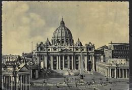 VATICANO - PIAZZA SAN PIETRO E BASILICA - VIAGGIATA 1954 - Vatikanstadt