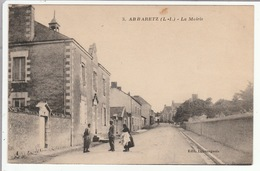 ABBARETZ   (Loire-Inf.)  - La Mairie - CPA - Animée - - Otros Municipios