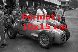 Reproduction D'une Photographie Ancienne D'une Gordini Type 16 Au Grand Prix De Suisse En 1954 - Repro's
