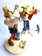 RARE FIGURINE ASTERIX EN RESINE ATLAS PLASTOY CETAUTOMATIX QUI FRAPPE ASSURANCETOURIX Scènes Supplémentaires - Asterix & Obelix
