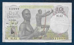 Afrique Occidentale - Billet De 10 Fr  Du 28 - 9 - 1949 - Banknotes