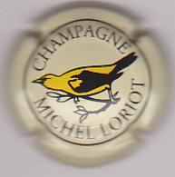 Capsule Champagne LORIOT Michel ( 4 ; Fond Crème ) 7€ {S21-20} - Champagne