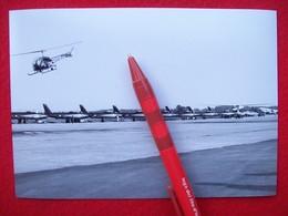 FOTOGRAFIA  AEREO REPUBLIC F 86 E FRECCE TRICOLORI + TRAINO ALIANTE CON ELICOTTERO - Aviazione