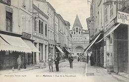 MOISSAC - Rue De La République - Moissac