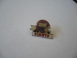 PIN'S PINS GIANTS - Pin's & Anstecknadeln