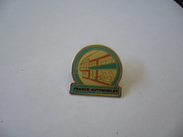 PIN'S PINS FRANCE AUTOMOBILES - Badges