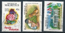 °°° MAURITIUS - Y&T N°781/83/84 - 1992 °°° - Mauritius (1968-...)