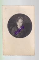 Cpa  :  Une Photo Carte :  Portrait De Femme   Carte   Non Circulée Carte Dans Son état - Silhouettes
