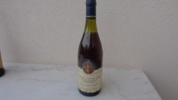 Bouteille De Vin De Bourgogne 1990; Chardonnay ; Bernard Louis Propriétaire à Beaune (Cote D'Or) - Wine