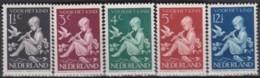 Pays-Bas    .     Yvert    .    312/316      .      **      .      Neuf SANS Charniere     .   /   .  MNH - Period 1891-1948 (Wilhelmina)