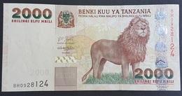 RS - Tanzania 2000 Shilingi Banknote 2003 #BH0928124 A-UNC - Tanzanie