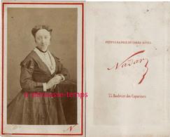 CDV Portrait De Femme Par Nadar- Paris - Old (before 1900)