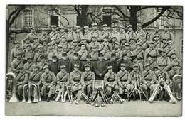CARTE PHOTO MILITAIRE GROUPE MUSIQUE LA CLIQUE COL 21eme NON SITUEE INSTRUMENTS DE MUSIQUE LES CUIVRES - Guerra 1914-18